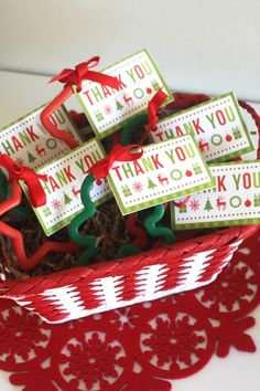 Use these free printable party favor thank you cards to dress up your Christmas holiday parties! See more free printables at CatchMyParty.com.