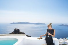 Luxury Suites Santorini combines a world of beauty and tradition! Eating Well, Santorini, In This Moment, Drink, Luxury, Travel, Food, Beverage, Viajes