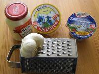 Skvělá česneková pomazánka Plastic Laundry Basket, Lunch Box, Appetizers, Spreads, Appetizer, Bento Box, Entrees, Hors D'oeuvres, Side Dishes