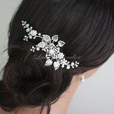 Harlow Vine Bridal Hair Comb handmade by lulu Splendor