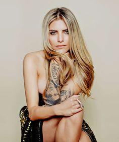 LIEBES-AUS BEI SOPHIA THOMALLA Was passiert jetzt mit ihrem XXL Till-Tattoo?