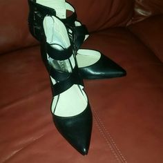 I just discovered this while shopping on Poshmark: Heels(Price is firm)NWT. Check it out! Price: $55 Size: 7, listed by cryquan