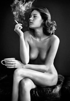 Camille Rowe by Vincent Peters | Fashion Photography | Fashion Editorial | Artistic Photo | Nude Art | smoking