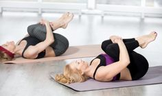 10 Easy Yoga Poses To Reduce Belly Fat: combined with other exercise and a diet to boost your body's metabolism and eliminate stubborn belly fat. Sciatica Exercises, Sciatica Pain, Chronic Sciatica, Sciatic Nerve, Yoga Beginners, Beginner Yoga, Stubborn Belly Fat, Reduce Belly Fat, Abdominal Inferior