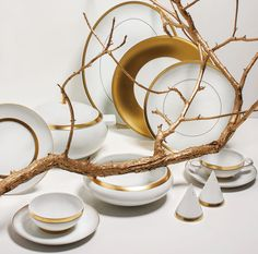 DOMO GOLD Tableware | Pieces decorated with gold, with a touch of class and refinement.