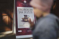 Wroclaw24/7 Blog: Proroczy jak Jezus | konferencja z Jeffem Eggersem Blog, Cover, Blogging, Blankets