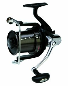 The Daiwa Basia 45 QDX employs the same benefits of the magnesium alloy body and rotor but now with a sleek matt black finish throughout. Fishing Knots, Sea Fishing, Carp Fishing, Fishing Tackle, Fishing Tips, Fishing Lures, Fishing Stuff, Spincast Reel, Rod And Reel