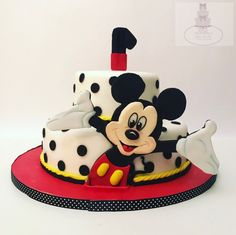 Mickey Mouse cake side b