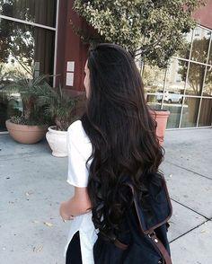 Curly Hair With Bangs, Short Curly Hair, Wavy Hair, Curly Hair Styles, Beautiful Long Hair, Gorgeous Hair, Brown Hair With Blonde Highlights, Long Dark Hair, Dark Brown Hair Rich