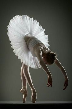 """The adventures of a 23 year-old girl learning how to dance. When I was a kid, I wanted to be a ballerina, and I finally said, """"fuck it, I'm going for it."""" I just want to dance because I love ballet. Ballet Art, Ballet Dancers, Ballerinas, Dance Arts Academy, Adult Ballet Class, Ballet Theater, Dance Poses, Ballet Photography, Beauty Photography"""