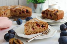 Plum cake (Kέικ με δαμάσκηνα) – Taking the guesswork out of Greek cooking…one cup at a time Round Cake Pans, Round Cakes, Plum Torte, Plum Varieties, Spaghetti Meat Sauce, Plum Jam, Summer Cakes, Stone Fruit, Greek Recipes