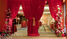 Red and Pink - Modern & Traditional Chinese Wedding at Four Seasons Hotel Vancouver Chinese Wedding Decor, Oriental Wedding, Traditional Chinese Wedding, Chinese Theme, Modern Traditional, Chinese Party, Wedding Show, Red Wedding, Wedding Draping