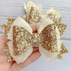 Handmade Hair Bows, Diy Hair Bows, Diy Bow, Diy Ribbon, Ribbon Hair, Ribbon Bows, Baby Girl Bows, Girls Bows, Diy Leather Bows