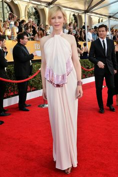 Celeb Diary: Cate Blanchett at the 2014 Screen Actors Guild Awards