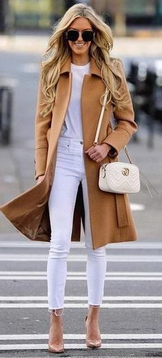 Like this style, color and length. Long Coat Outfit, Camel Coat Outfit, Camel Blazer, Camel Boots, Black Jeans Outfit, Christmas Outfits, Christmas 2019, Winter Outfits, Long Brown Coat
