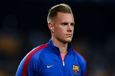 Marc-Andre ter Stegen of FC Barcelona looks on prior to the UEFA Champions League Group C match between FC Barcelona and Celtic FC at Camp Nou on September 13, 2016 in Barcelona, Catalonia.