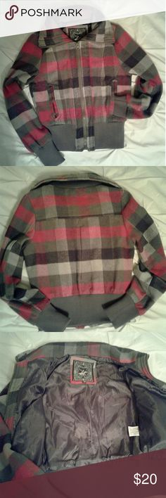 """BN Plaid wool crop jacket Women's brand new pink/gray/white plaid  Beverly hills polo club wool blend crop jacket size Medium. Measurements Chest 18"""" length 20"""" sleeve 24"""". Thanks for looking Bundle to save!! Beverly hills polo club Jackets & Coats"""