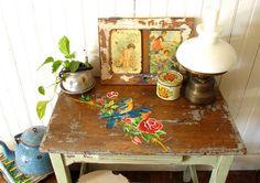 BLOG DE DECORAÇÃO-PUXE A CADEIRA E SENTE! : Um lindo trabalho de Restauração de Móveis antigos e a casa de uma das Restauradoras de Las Vidalas (Ar), Ana