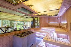In unserer neuen Biosauna des Family Spas im STOCK resort kommen Groß und Klein auf Ihre Kosten. Style At Home, Bio Sauna, Spas, Deck, Mansions, House Styles, Outdoor Decor, Home Decor, Families