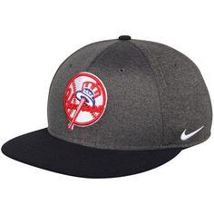 e8847a89428 Men s New York Yankees Nike Heathered Gray True Adjustable Snapback Hat