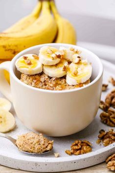 Easy and Addictive Cinnamon Banana Bread Mug Cake (Yum! Banana Bread Mug, Cinnamon Banana Bread, Cinnamon Rolls, Cinnamon Mug Cake, Paleo Grubs, Star Cakes, Zucchini Cake, Salty Cake, Paleo Dessert