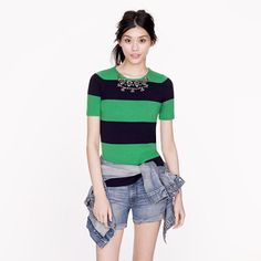 💐💐J crew navy and green jeweled collar sweater J crew striped navy and green jeweled collared sweater. Mint condition worn once. Zero wear or damage. Navy And Green, Crystal Necklace, Fashion Tips, Fashion Design, Fashion Trends, Ideias Fashion, Sweaters For Women, Women's Sweaters, Casual Dresses