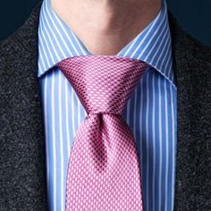 How To Tie A Necktie | Different Ways Of Tying A Tie | Ties.com Tie A Tie Easy, Make A Bow Tie, Nudo Windsor, Windsor Knot, Eldredge Knot, Tie A Necktie, Necktie Knots, Prince Albert, Moda Masculina