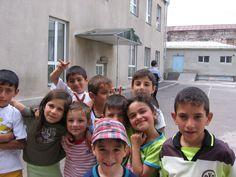 40.000 niños en Armenia irán a la escuela por primera vez