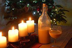 Domácí vaječný likér Liqueurs, Candles, Christmas, Xmas, Candy, Navidad, Noel, Candle Sticks, Natal