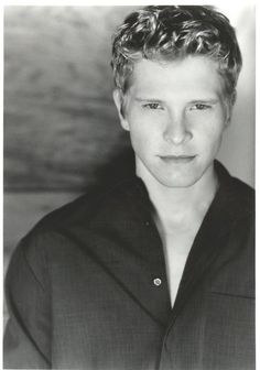Whether he's Logan Huntzberger or Cary Agos I love Matt Czuchry mostly I love his voice