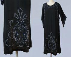 robe des années 1920 / 20 s perles DECO par GuermantesVintage
