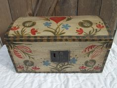 1800's Pennsylvania Paint Decorated Dome Top Box  | eBay  sold   300.00.      ...~♥~
