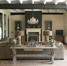 inspiratie - woonkamer   mooie landelijke zithoek met haard Door erzsivandoorn