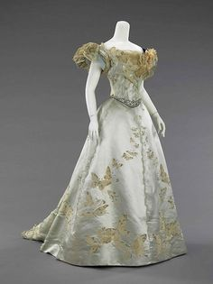 JP Worth Ballgown, 1898. It amazes me how some of these delicate-looking things have withstood the test of time. Amazing!