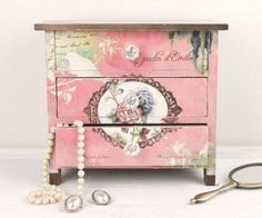 Dresser Shabby Chic Ideas Decoupage beautify
