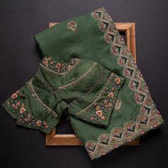 Party Wear Indian Dresses, Party Wear Sarees, Designer Sarees Collection, Saree Collection, Organza Saree, Silk Sarees, Ethnic Wear Designer, Saree Trends, Stylish Sarees