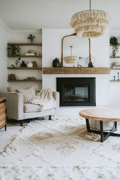Top Ten Places To Find Discounted Decor - Jessica Sara Morris Home Living Room, Living Room Designs, Living Room White Walls, Neutral Living Rooms, Earthy Living Room, Living Room Chairs, Nordic Living Room, Best Living Room Design, Living Room Styles