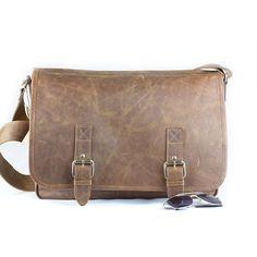 Ultra-light notebook bag made of softHennesseyleather