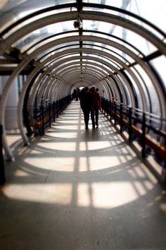 Beaubourg Tilt-shift effect Tilt Shift Photos, Centre Pompidou, Renzo Piano, Random Pictures, Sociology, Towers, Paris France, Oasis, Destinations