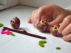 Acorn Owls - cute Brownie craft - and they can play with it when they're done.