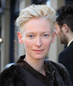 Tilda Swinton Google Image Result for http://intheclotheset.com/wp-content/uploads/2011/03/open-Tilda-Swinton.jpg