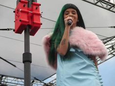 ❁✧crybabyamelie✧❁ Melanie Martinez, Cry Baby, Beautiful Person, In Hollywood, Celebrity Crush, Live Life, Celebrities, Music, Singers