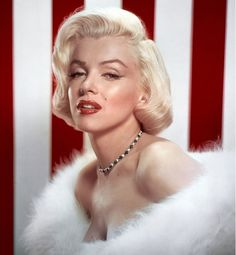 Marilyn Monroe in WHITE FOX Fur