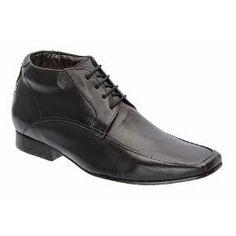 Resultado de imagem para botas sociais democrata Men Dress, Dress Shoes, Oxford Shoes, Lace Up, Fashion, Boots, Formal Shoes, Moda, Dressy Shoes
