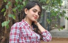 Sheena-Shahabadi-Latest-Photos-13