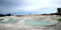 Keunikan Tempat Wisata Danau Kaolin di Belitung