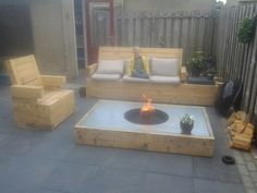 table with firepit /bbq