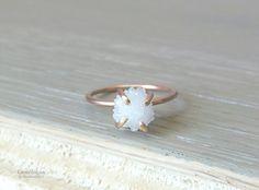 Raw Crystal Ring for Women Trending Bridal Jewlery by Gemologies #weddingrings #bridal #engagementrings