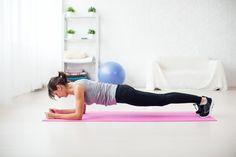 Stram din mave med denne 21-dages plankeudfordring