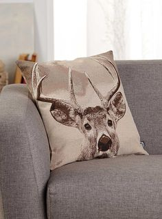 Woven deer head cushion 45 x 45 cm - Printed - Assorted Chalet Style, White Duvet Covers, Cushions Online, Boy Decor, Oh Deer, Trendy Colors, Cottage Style, Decorative Throw Pillows, Print Patterns